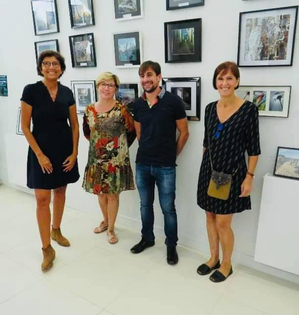 Exposition a la médiathèque Simone Veil de la photographe sauviannaise Aline Chambert et Frederique schlegel chambert